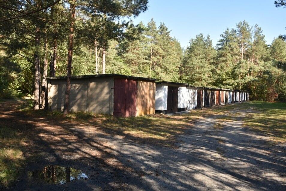 Verkauft: Die Stadt Hoyerswerda hat sich von Grund und Boden dieser Garagenanlage in Knappenrode getrennt.