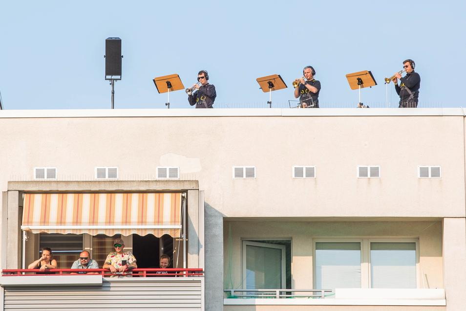 Im vergangenen Jahr bespielten die Dresdner Sinfoniker Hochhausdächer in Prohlis.