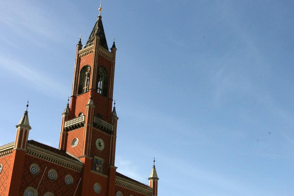 Im Kamenzer Rathaus wird der Chefposten im Sachgebiet Ordnung und Sicherheit neu besetzt. Die Personalie sorgt für Diskussionen.