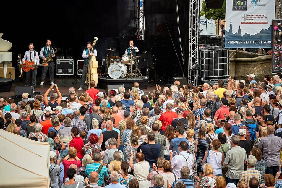 Konzert auf dem Pirnaer Markt beim Stadtfest 2019. Dieses Jahr unvorstellbar.