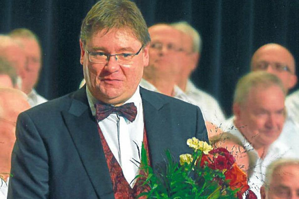 Axel Langmann wurde eine besondere Ehre zuteil: Er wurde zum Chordirektor ernannt.
