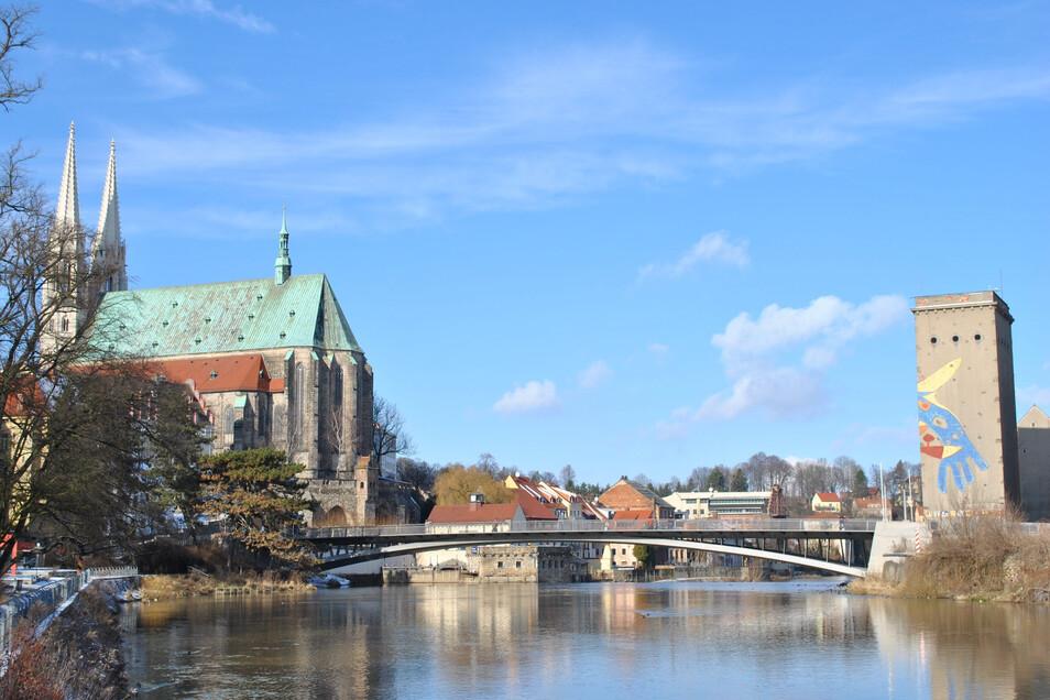 Seit einigen Jahren prägt sie das Stadtbild und ist beliebtes Fotomotiv: die Görlitzer Altstadtbrücke. Weiter nördlich soll sie eine Nachbarbrücke bekommen.