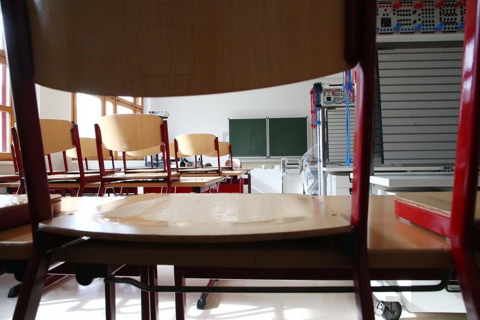Schule aus und dann? Wohin es Zehntklässler verschlägt, wollte die Wirtschaftsinitiative Sächsische Schweiz wissen.
