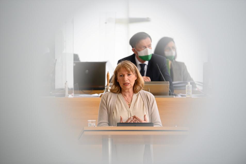 Sozialministerin Petra Köpping will in der neuen Coronaschutzverordnung Perspektiven für Wirtschaft und Gesellschaft zeigen.
