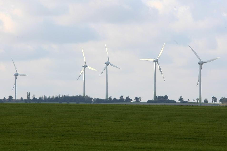 Weitere Windkraftanlagen sollen auf der Baeyerhöhe in Klipphausen gebaut werden.