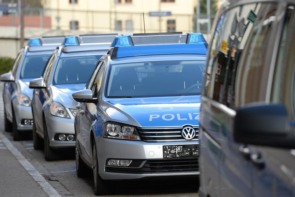 Wer ein ausrangiertes Polizeiauto fahren will, muss auf Blaulicht, Martinshorn, Funktechnik und den charakteristischen Schriftzug verzichten.