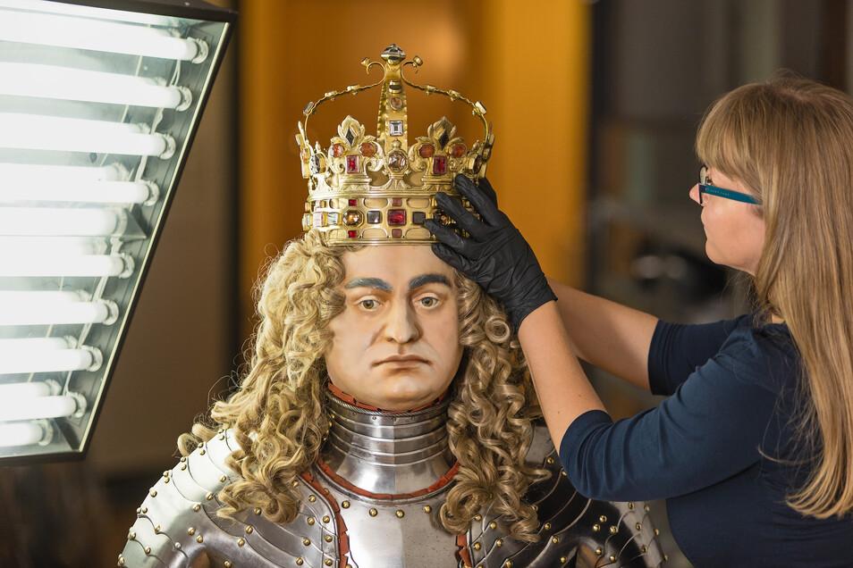 August dem Starken, ehemaliger sächsischer Kurfürst, wird vieles nachgesagt: Landesvater, Ladykiller, Baulöwe. Doch vieles davon ist nur Mythos.