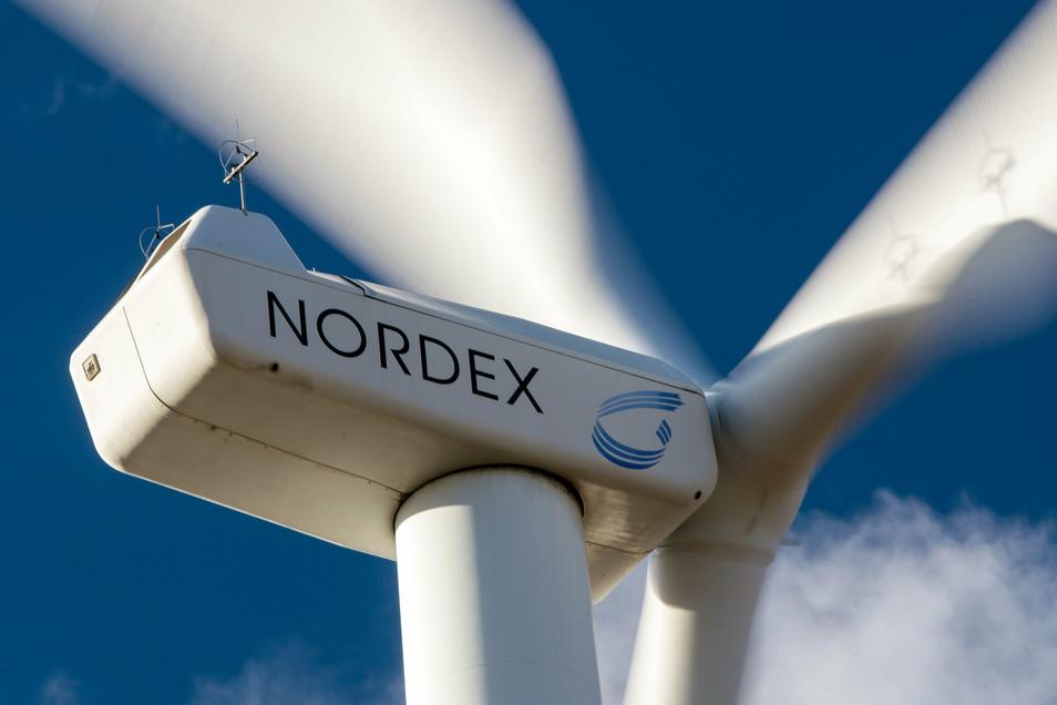 Windkraftanlagen der Firma Nordex drehen sich in einem Windpark in Brandenburg. Auf Technik dieser Firma setzt auch der Meißner Windparkentwickler UKA.
