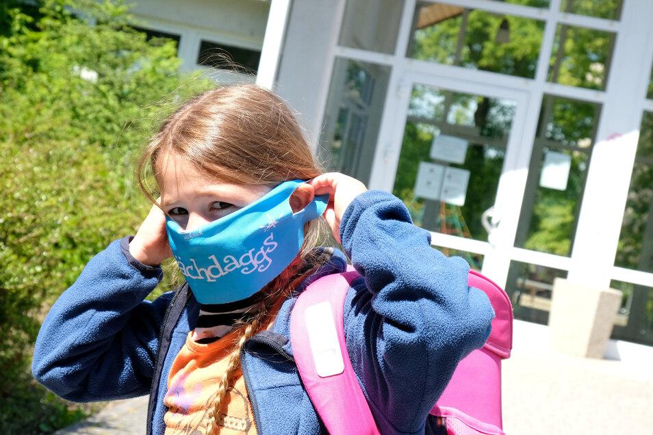 Symbolbild: Eine Nasen-Mundschutz-Pflicht gibt es in den Klassenräumen nicht.