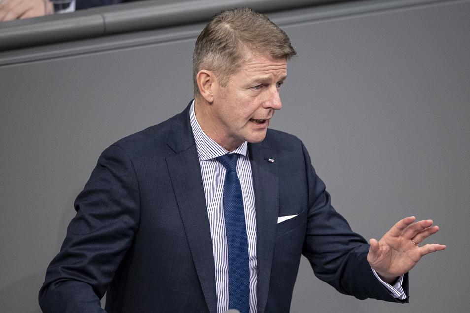 Karsten Hilse (AfD), Mitglied des Bundestags, hat bei der Wahl zum Bundestags-Vizepräsidenten nicht genug Stimmen bekommen.