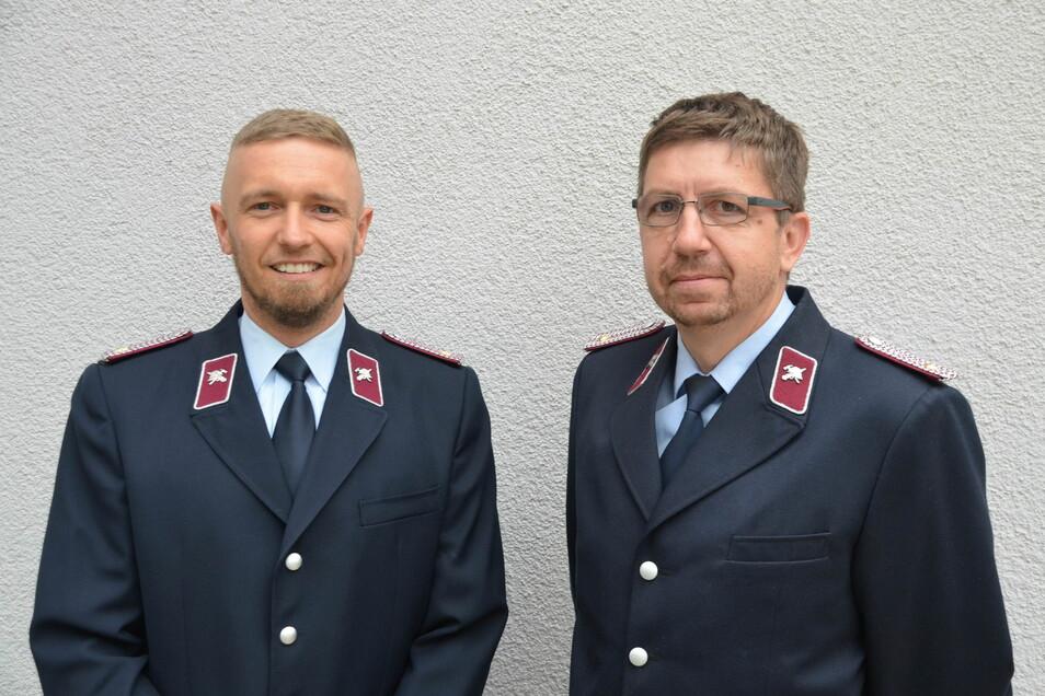 Hendrik Böhnke (rechts im Bild) und Markus Liewald wurden zum Wehrleiter und ersten Stellvertreter der Reichenbacher Feuerwehr gewählt.
