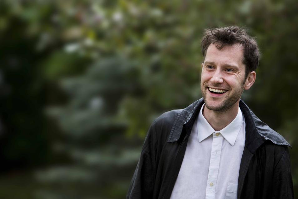Schauspieler David Thomas Pawlak liest Geschichten von Astrid Lindgren vor.