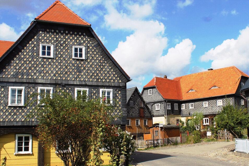 Obercunnersdorf - Das Dorf der Umgebindehäuser. Hier gibt es besonders viele Umgebindehäuser.