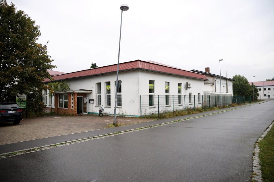 An der Albert-Niethammer-Straße in Gröditz wird nun für zwei Unternehmen gekocht.