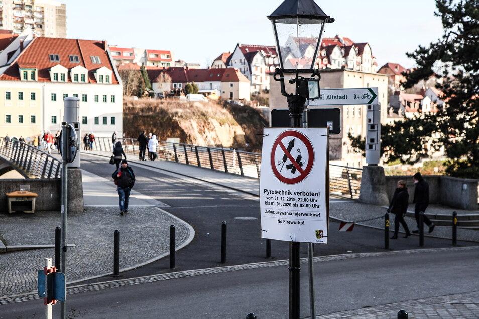 An der Altstadtbrücke war Pyrotechnik zu Silvester schon im vergangenen Jahr verboten.
