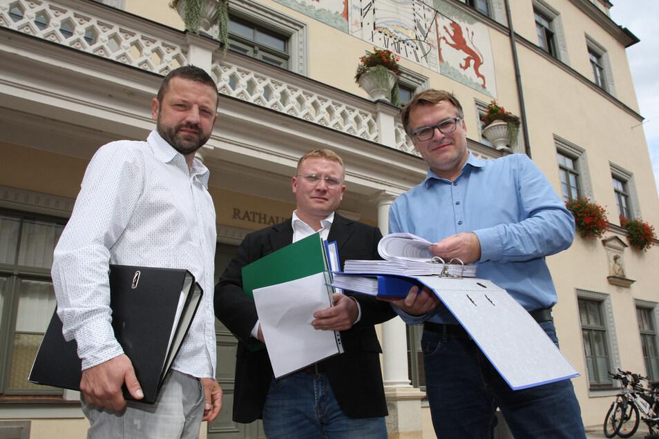 Bürgerbegehren-Initiatoren Thomas Pietzsch, Daniel Szenes, André Liebscher (v.l.): Mit dem Zweckverband die Mitbestimmungsrechte der Bürger beerdigt.