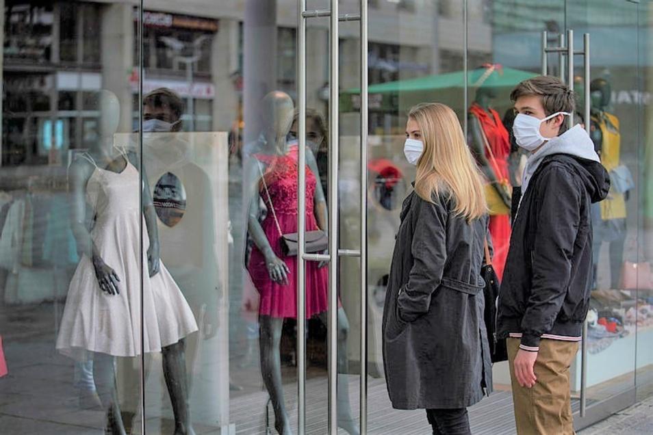 Auch große Geschäfte über 800 Quadratmeter sollen jetzt wieder vollständig öffnen dürfen.