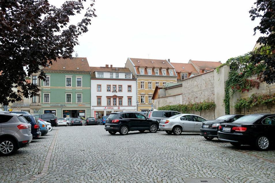 Neben dem Park-and-Ride-Parkplatz am Bahnhof wurde auch der Kleinmarkt als Standort ausgewählt.