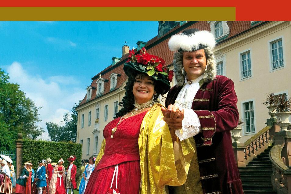 Birgit Lehmann und Jörn Hänsel plaudern im Schlosspark Lichtenwalde über den gräflichen Corona-Alltag.