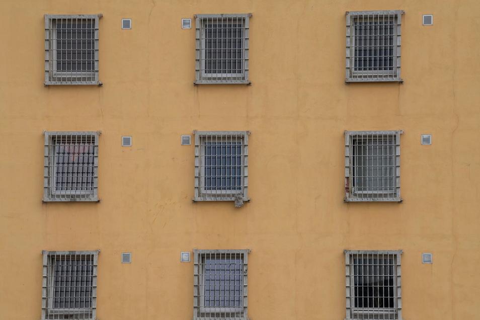 In Sachsens Gefängnissen ist nicht genug Platz.