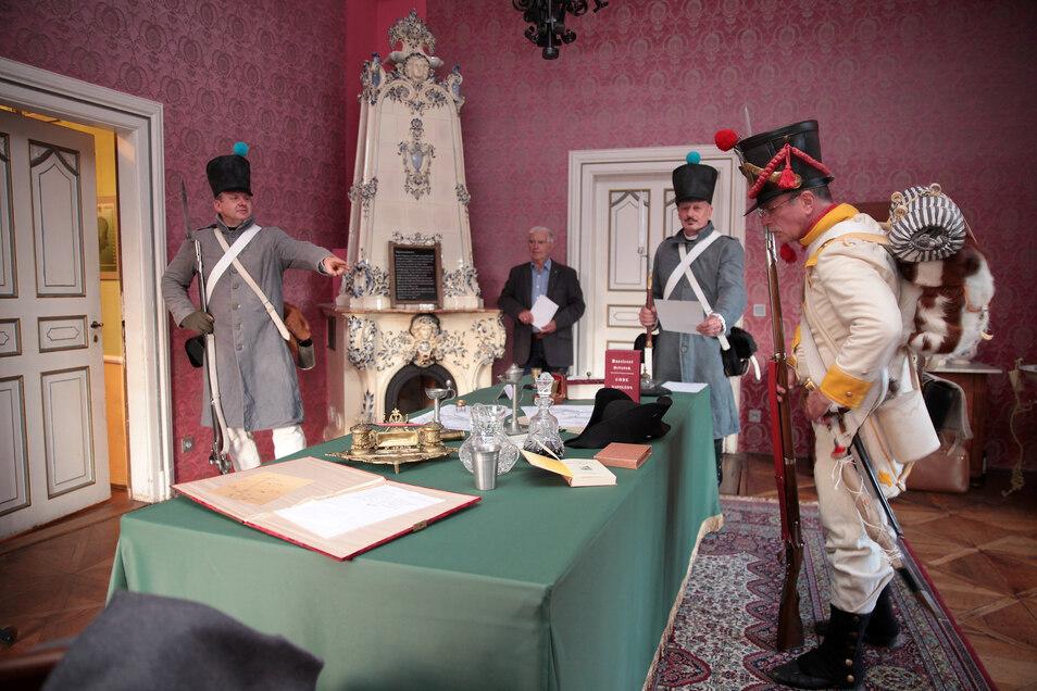 Wichtiger Erfolg für den Verein Schwarzes Kleeblatt: Im Sommer 2019 wurde das Napoleonzimmer im Schloss Kuckuckstein neu eröffnet.