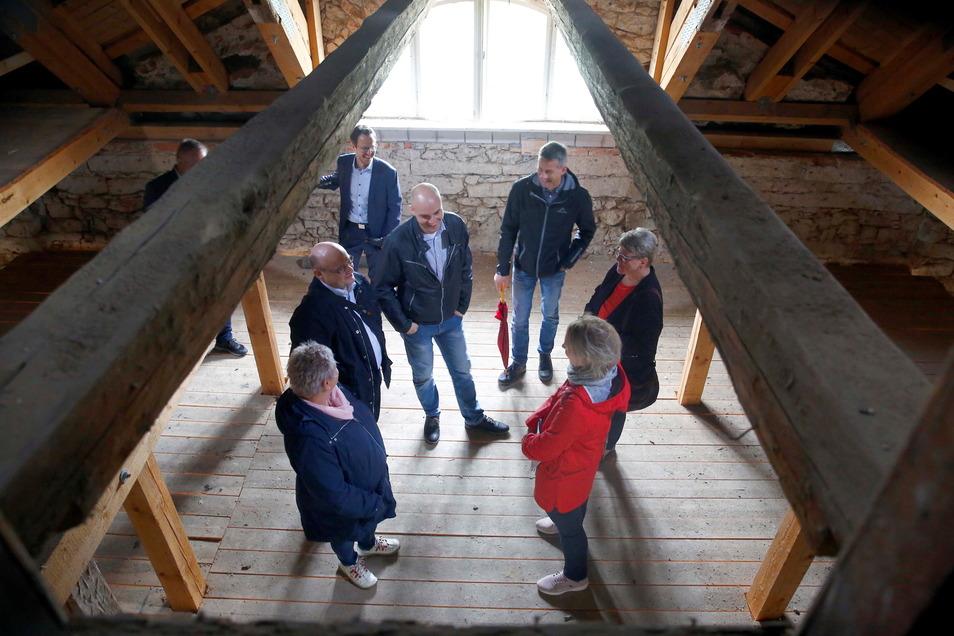 Der Altbau soll weitgehend entkernt werden. Es sind von den Dachgauben bis zur historischen Fassade aber auch viele Auflagen des Denkmalschutzes zu erfüllen.