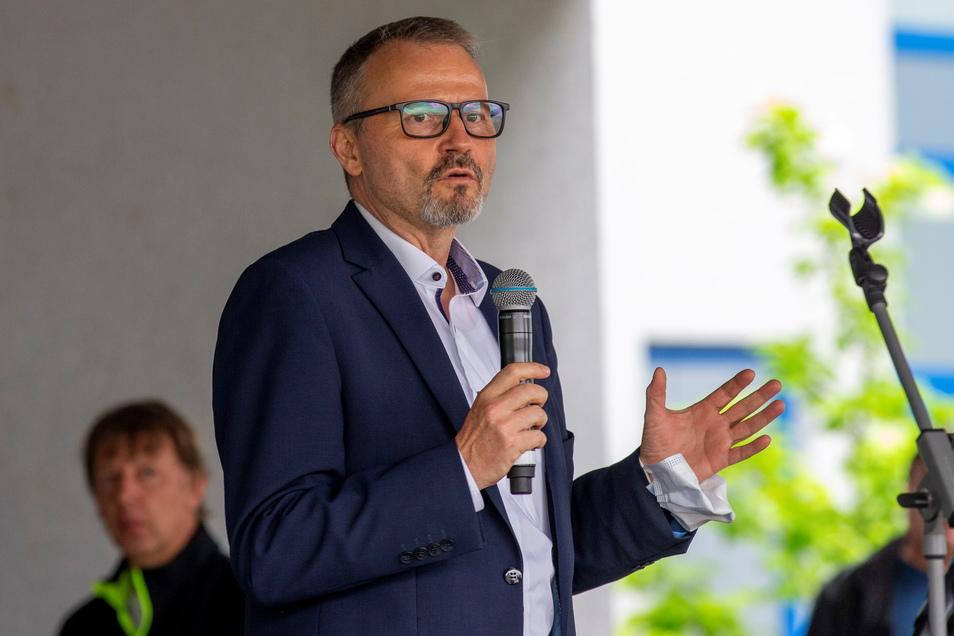 Wolfgang Braun ist Vorsitzender der Eissmann-Geschäftsführung und sprach am Freitag zu den Pirnaern.