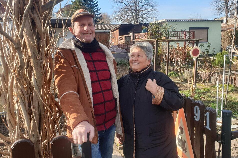 """Wolfgang und Dagmar Koch haben das Lokal in der Sparte """"Frohe Stunde"""" in Dresden zwölf Jahre lang bewirtschaftet. Sie trauen dem jetzigen Pächter das Geschäft nicht zu."""