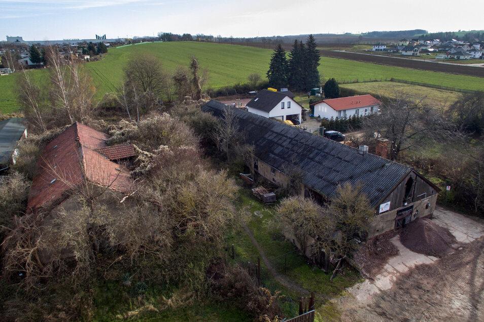 ahrzehntelang ist das ehemalige Stallgelände in Sörmitz ungenutzt. Jetzt sollen hier Eigenheime entstehen.