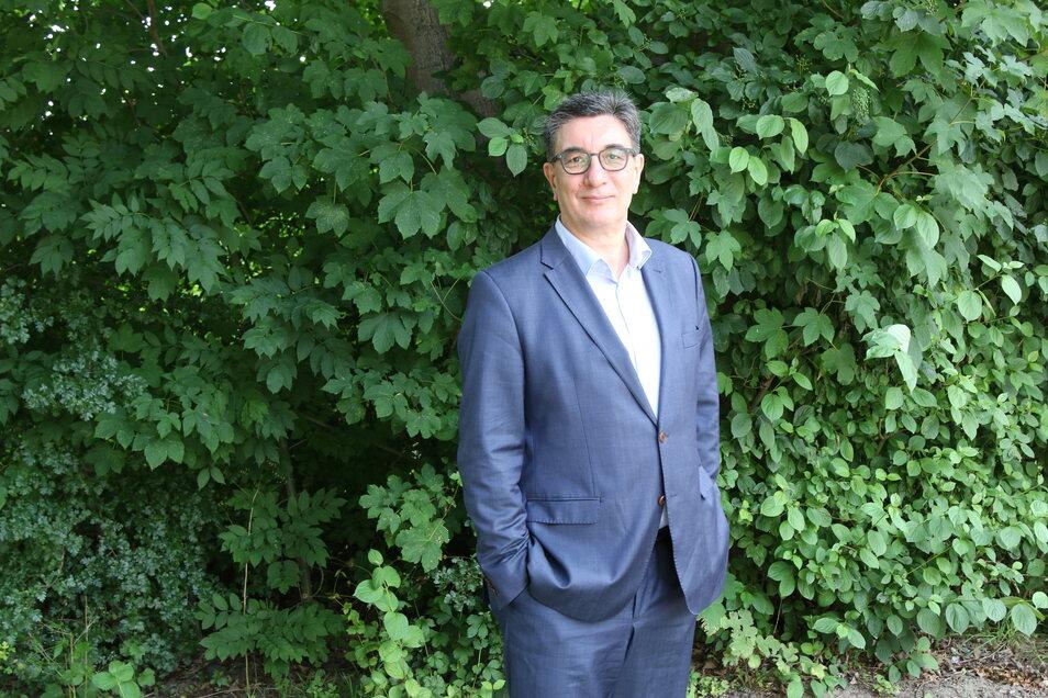 Landesvorsitzender Stefan Hartmann tritt als Direktkandidat für die Linke im Bundestagswahlkampf an.