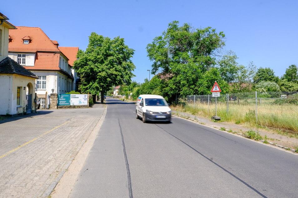 Auf den Grundstücken nördlich der Fabrikstraße hat die Stadt jegliche Neubauprojekte jetzt verboten. Dort sollen sich künftig nur noch Gewerbebetriebe ansiedeln dürfen.