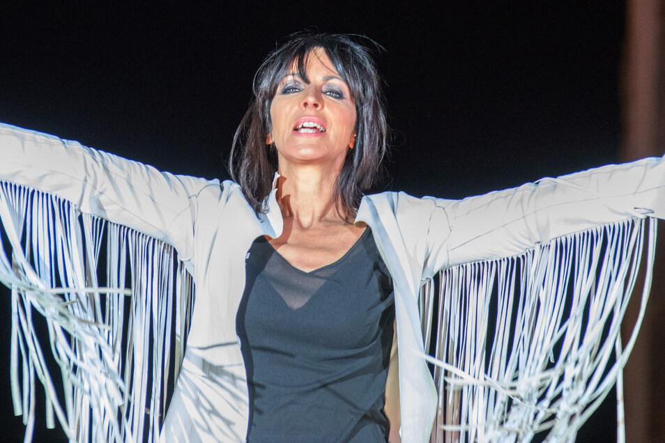 Nena - hier bei einem früheren Konzert - freute sich über die weitgehenden Freiheiten in Rügen .