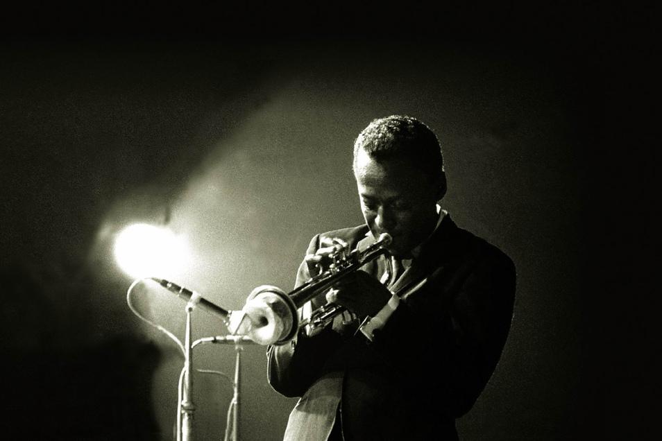 Star-Trompeter Miles Davis nahm 1985 ein Album auf, das erst jetzt veröffentlicht wird.