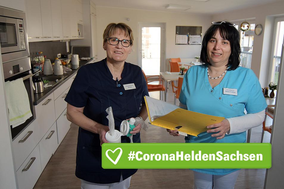 Petra Kolko (links) und Sylvia Lange sind langjährige Mitarbeiterinnen des Pflegedienstes Brambor. Die Corona-Krise beschäftigt auch die Bewohner der Kurzzeitpflege. Besonders leiden sie unter dem derzeitigen Besuchsverbot.