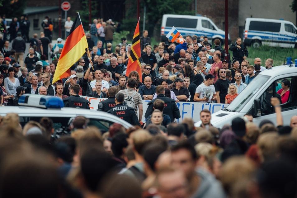Die Demonstrationen zogen auch Menschen aus dem Freitaler Umland an.