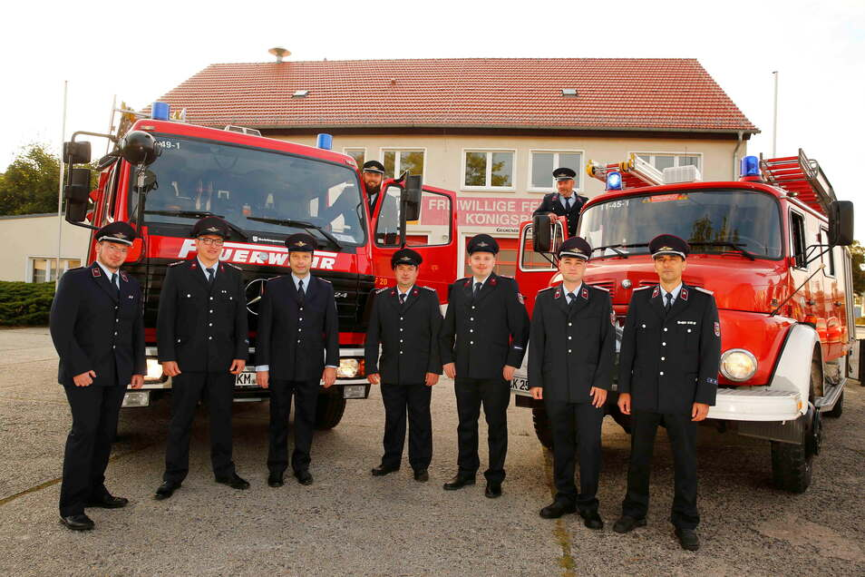 Sie freuen sich auf ihr neues Gerätehaus: Kameraden der Freiwilligen Feuerwehr Königsbrück.