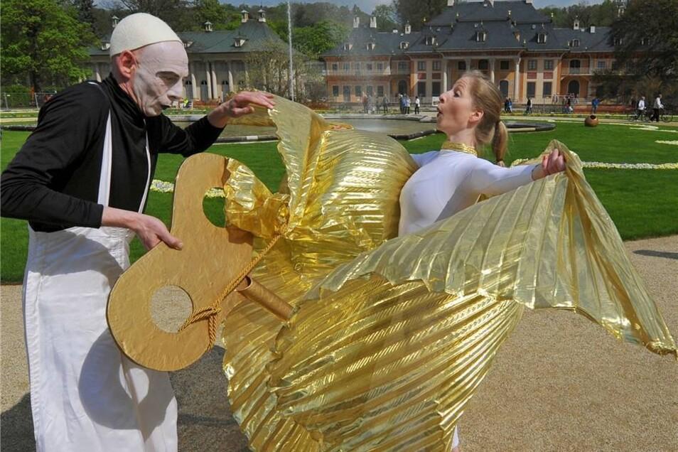 Im Rahmenprogramm der Wiedereröffnung traten auch Künstler auf.