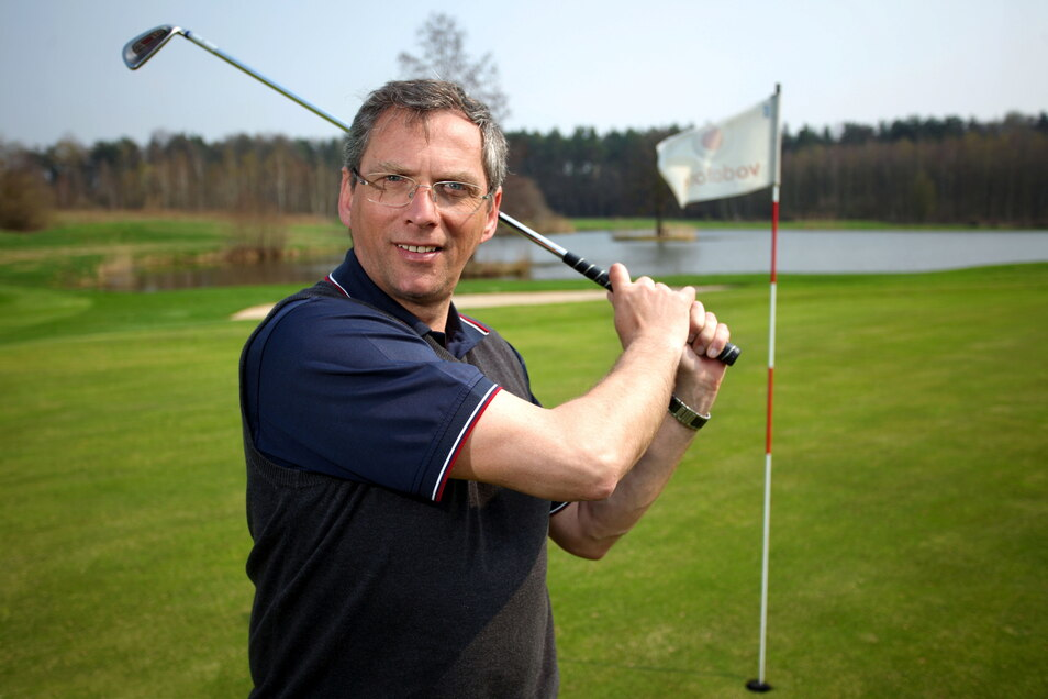 Uwe Neumann ist Geschäftsführer der Golfanlage in Ullersdorf. Er hofft auf eine baldige Öffnung des Platzes.
