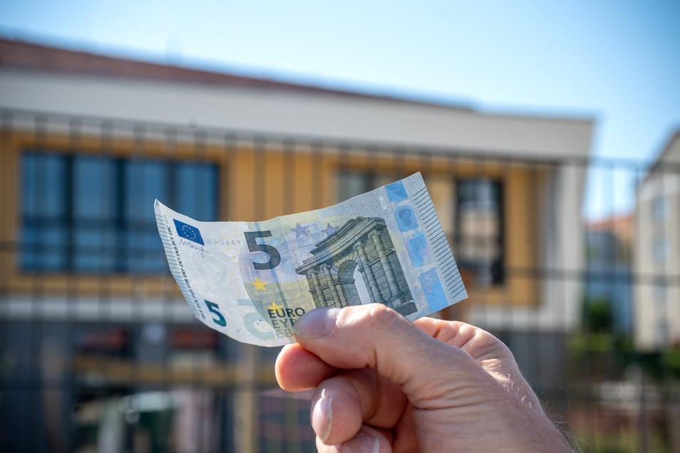 Die Betriebskostenabrechnung 2020 für die Waldheimer Kindertagesstätten liegt vor. Demnach müssten von den Eltern für einen Kindergartenplatz pro Monat fünf Euro mehr bezahlt werden.