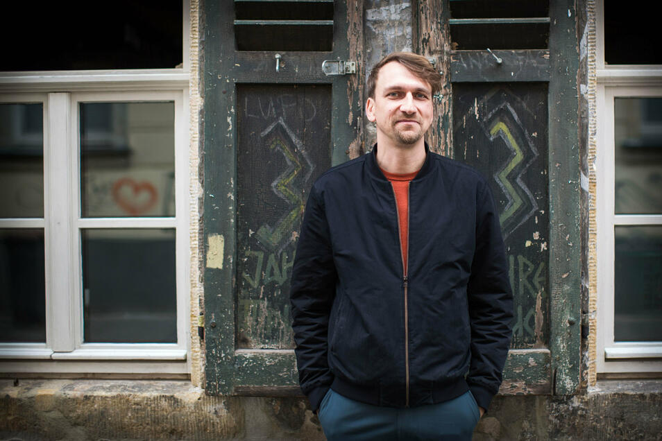 Michael Nattke ist Fachreferent für Rechtsextremismus beim Kulturbüro Sachsen. Er glaubt nicht daran, dass sich die gegenwärtigen Proteste nach Corona einfach so auflösen. Dieselben Menschen könnten dann mit anderen Themen auf die Straße gehen.