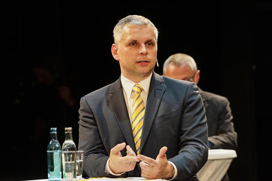 Der Bautzener Stadtrat Mike Hauschild (FDP) kritisiert den OB.