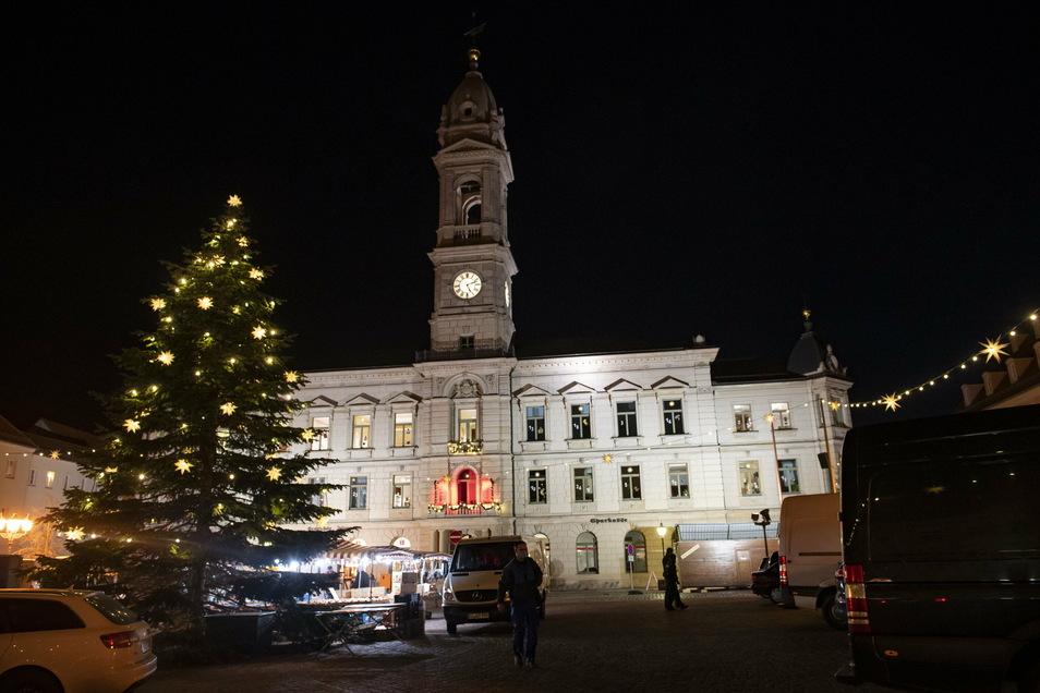 Aufgrund der Corona-Pandemie bleibt das Großenhainer Rathaus ab Montag für den öffentlichen Besucherverkehr geschlossen.