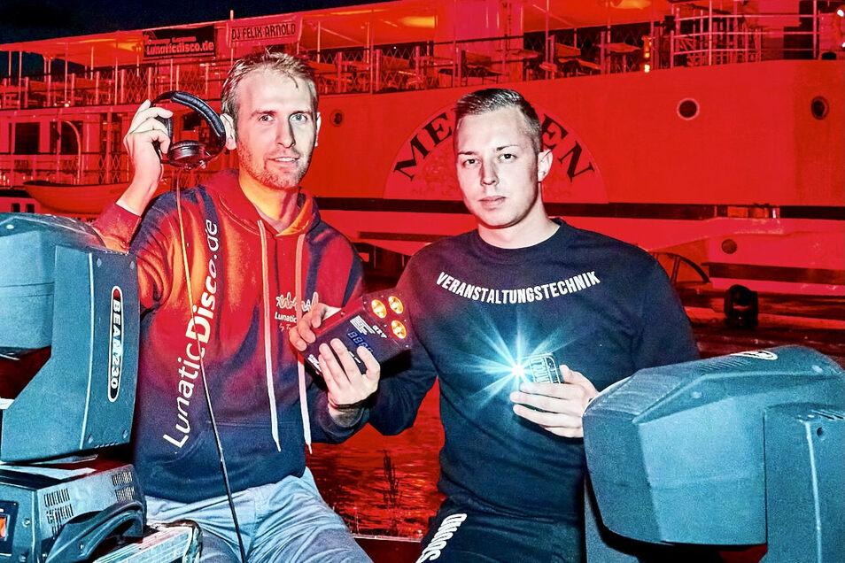 """DJ Felix Arnold (rechts), Mitstreiter Tommy Lucas bei der Night of Lights im Juni. """"Die Leute sind gierig danach, wieder unter Menschen zu kommen."""""""
