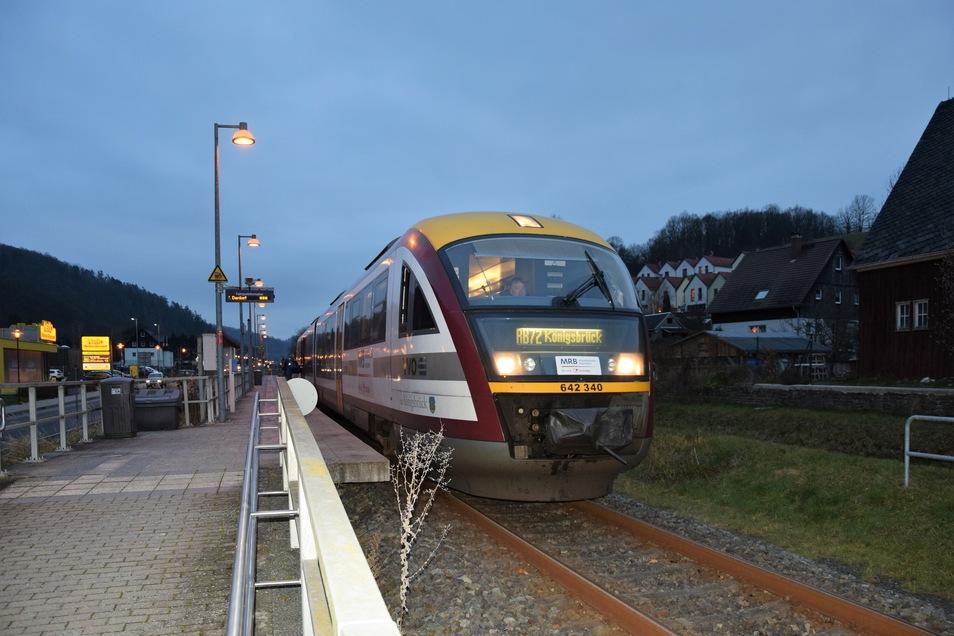 Der letzte Direktzug von Altenberg nach Königsbrück. Dieses Bild wird es nicht gleich wieder geben. Mit Fahrplanwechsel entfällt die direkte Verbindung.