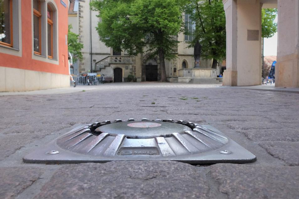 Die Poller an der Leipziger Straße (Foto) sowie an der Elbstraße sollen ab Montag kürzer unten bleiben.