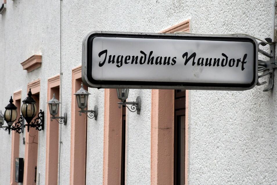 Das frühere Jugendhaus in Naundorf wäre der ideale Ort für offene Kinder- und Jugendarbeit. Nur ein einziger Punkt spricht dagegen: Die dezentrale Lage in einem Ortsteil statt in der Stadt Leisnig.
