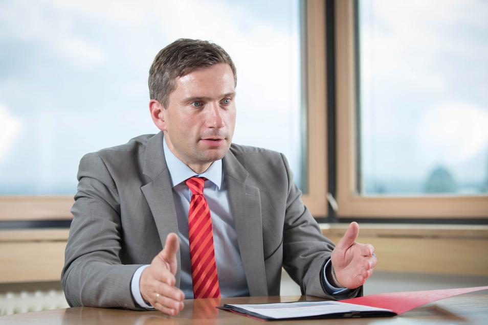 Dulig weihte nur wenige SPD-ler in seine Entscheidung ein.