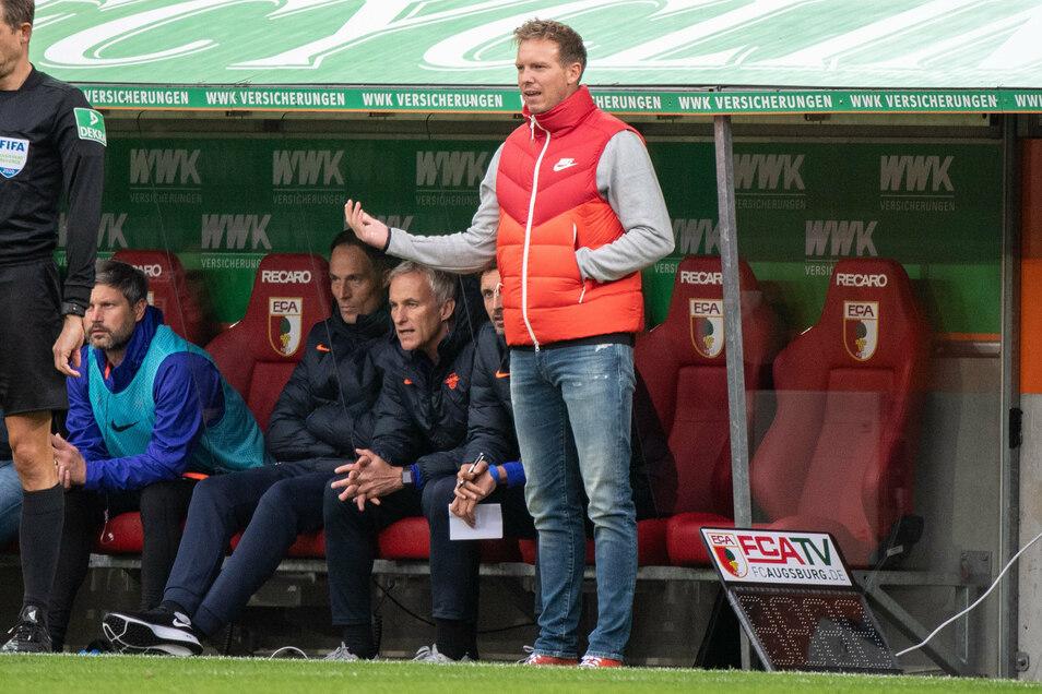 RB Leipzigs Trainer Julian Nagelsmann verzichtete fürs Spiel beim FC Augsburg auf Amadou Haidara.