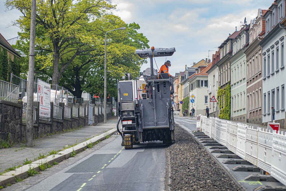 Der Energieversorger Ewag baut in Kamenz an der Fernwärme. Ein weiterer Abschnitt wird nun fertig.