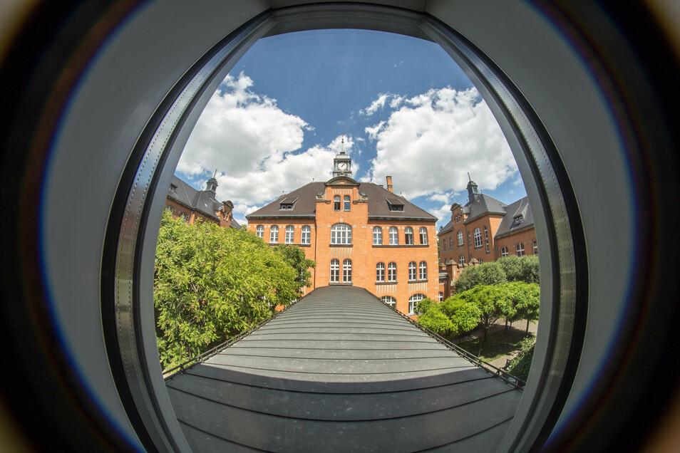 Die Krankenhäuser im Kreis - hier das Görlitzer Klinikum - behandeln gegenwärtig 56 Covid-19-Patienten.